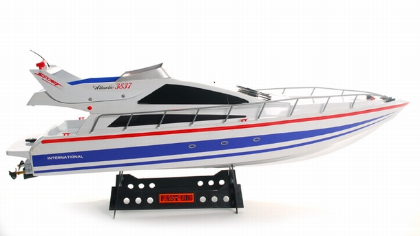 Heng Long Atlantic Yacht speelgoed modelbouw RC speed boot